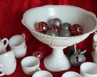 Vintage McKee Glass  Concord Pattern Milk Glass Punch Bowl 24 piece set