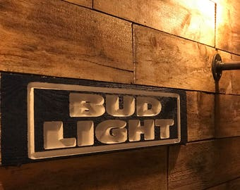 """FREE Shipping!!Pallet Wood Sign """"Bud Light"""""""