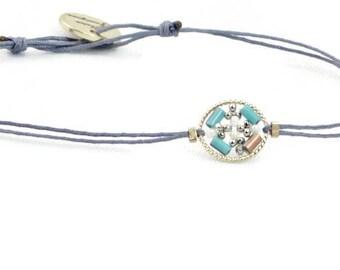 Bracelet sliding wire beaded
