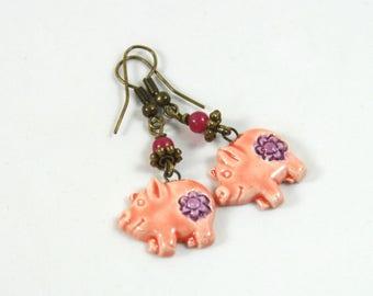 Pig earrings, Pig jewelry, Cute earrings, Beaded earrings, Handmade earrings