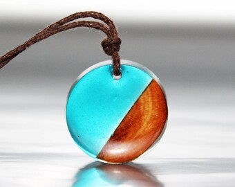 Wood Necklace Blue Resin Jewelry, Stylish Jewelry Gift Wood Pendant, Nature Gift Necklace Forest Jewelry, Cute Resin Art Gift Ideas Jewelry