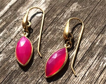Fuchsia Pink Chalcedony earrings, Winter fashion, Party season
