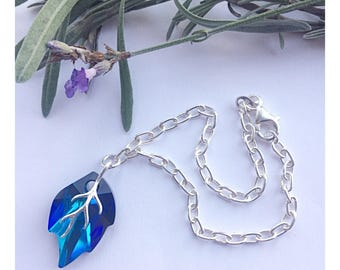 Stunning Sterling silver leaf bracelet made using Bermuda Blue Swarovski crystal