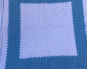 Square Patterned Crochet Tablecloth/Decorative Blanket 32x32""
