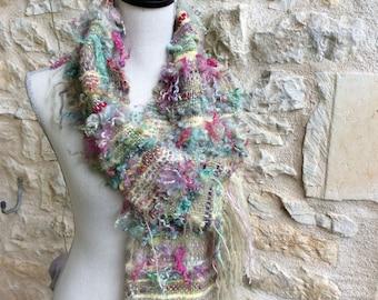 Scarf hand woven Saori  style, handspun art yarns, boho scarf, hippie chic wrap, Echarpe metier a tisse. Wool locks, Mohair, Marino wool