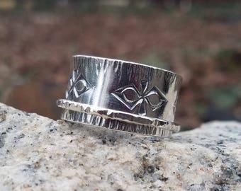 Meditation Ring - size 12 3/4
