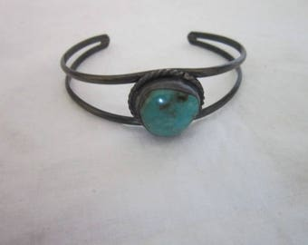 Nice Antique Native American Sterling Silver & Turquoise Cuff Bracelet