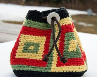 Crochet bag in rasta colors