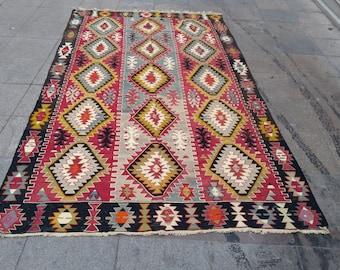 """Handmade kilim rug293x163cm 115""""x64"""",Turkish kilim rug,Anatolian kilim rug,vintage kilim rug,tribal kilim rug, Handmade kilim rug"""