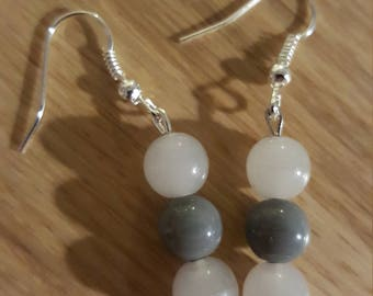 Gorgeous grey and white earrings