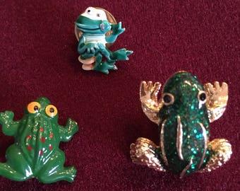 Frogs pin lot set