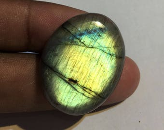 40.1 Cts 100% Natural Medagascar's Labradorite Cabochon Yellow Flash Fire Polished Cabochon Healing Quartz Oval Shape 33x25x6 mm N#494-1