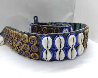 Coconut and snail belt, coconut belt and snails