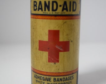 Vintage Johnson & Johnson Band Aid Container