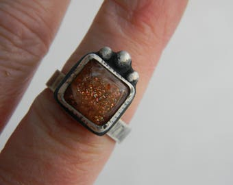 Sparkling Sunstone Ring - rustic oxidized sterling silver -  Size 8