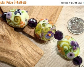 STINGY SALE Artisan Porcelain Clay - 3 HAND-Painted Beads by an European Artist - 18mm
