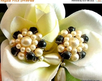 July 4th Sale Black and White Bead Clip On Earrings Vintage Clip Earrings Bead Dangle Earrings Costume Jewelry Free Shipping in USA