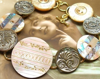 """1800s Antique BUTTONs bracelet. Victorian mother-of-pearl on gold One of a kind jewellery. 8""""."""
