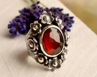 Silver Saddle Ring, Garnet Ring, Gemstone Ring, Statement Ring, Handmade Silver Ring, Silver Flower Ring, Botanical Ring, MADE TO ORDER
