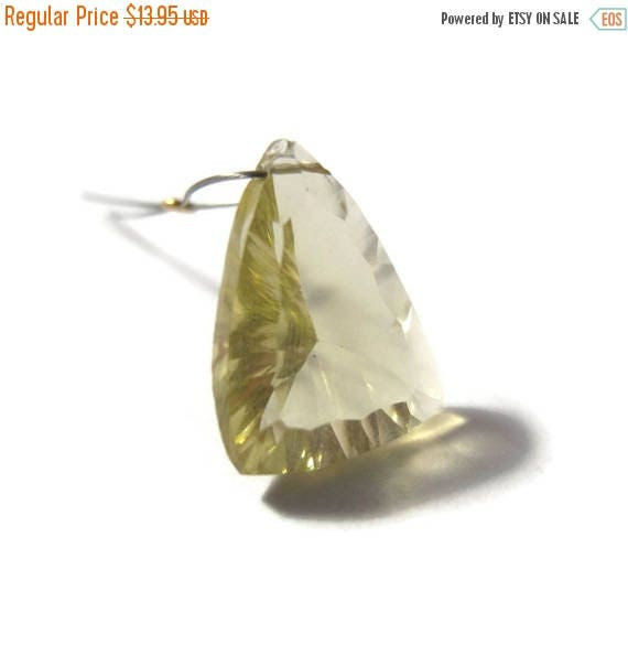 SALE 50% off - One Lemon Quartz Bead, Large Unique Gemstone Briolette Focal Stone, Sunny Yellow Bead for Making Jewelry (Luxe-Lq5)