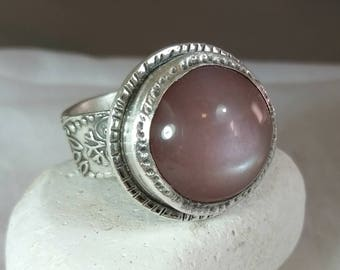 Moonstone Statement Ring, Solitaire Ring,  silver  and Stone ring, Large peach Moonstone and silver ring