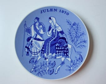 On The Road to Bethlehem- Porsgrund blue and white Commemorative Christmas plate - 1970 Norway Christmas