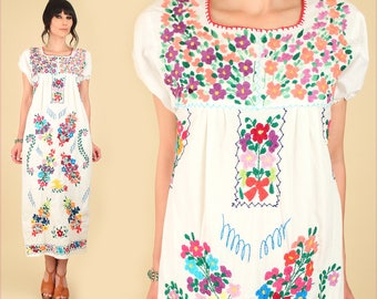 ViNtAgE 70s Floral Embroidered Mexican Maxi Dress // Cotton Artisan Handmade Hippie BoHo Summer Small Medium S M
