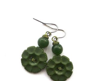 Christmas in July Sale Forest Green Flower Vintage Button Earrings with Beads