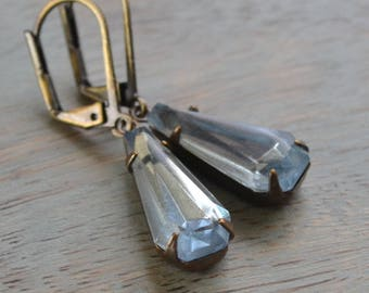 Light Sapphire Keystone Rhinestone Earrings, Art Deco Glass Estate Earrings, Lever Back, Vintage Rhinestone, Antiqued Brass, Bridal Earrings