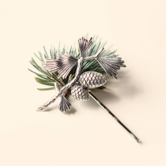 Pine cone hair pin, Winter wedding bobby pin - GOLD or SILVER - Simple bridal hair clip, Autumn wedding, Woodland Hair, Unique gift for her