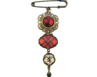 Scottish Tartan Jewelry - Royal Stewart Filigree Kilt Pin Brooch with Lion Rampant Siam Red Glass Gem & Mystic Black Swarovski Crystal Pearl