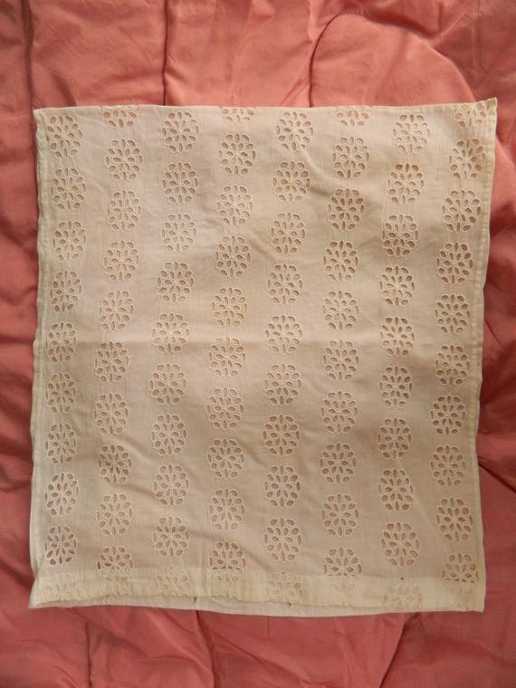 """Vintage Eyelet Pillow Cover 18"""" Square"""