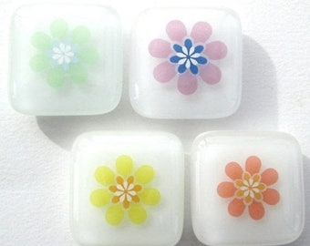 SALE Funky flowers fridge magnets, magnetic pin set, refrigerator magnet, memo board magnet, home office supplies, retirement gifts