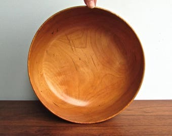 Woodbury's Woodware from Burlington, Vermont, Large Handturned Birch Bowl