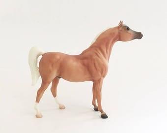 Breyer Horse Figurine Vintage Breyer Horse 1983 Arabian 7 inch Collectible horse