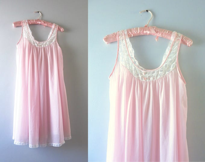 Vintage Pink Nightie | 1980s Vanity Fair Pale Pink Nightie S