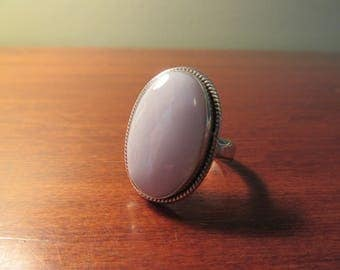 Beautiful blue lace agate ring in .925 sterling silver setting- size 8.5- very nice condition