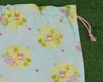 Owls & flowers drawstring gift bag, medium size toy bag, activity bag, craft bag