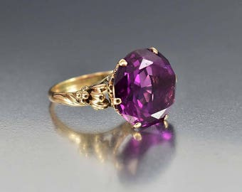 Vintage Alexandrite Ring, 14K Gold Alexandrite Engagement Ring, Color Changing Ring, Antique Edwardian Style Heart Ring, June Birthstone