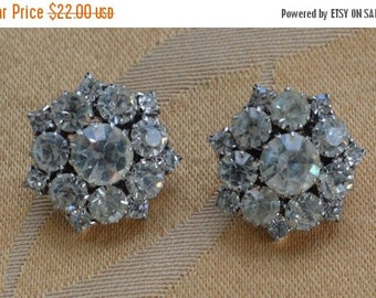 On sale Pretty Vintage Rhinestone Floral Clip Earrings, Silver tone, Wedding Earrings (J11)