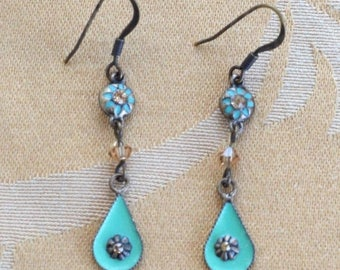ON SALE Pretty Vintage Sea foam Green Enamel, Smokey Topaz Crystal Dangle Pierced Earrings, Brass tone (AE10)