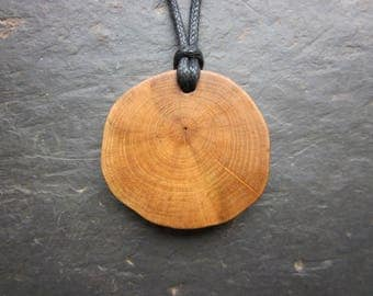 Natural Wood Pendant - English Ivy - for Fidelity.