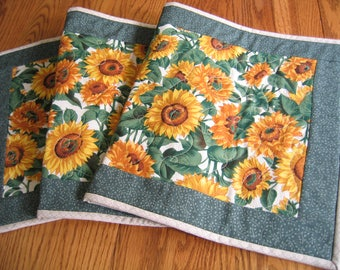 Quilted Table Runner in Sunflowers