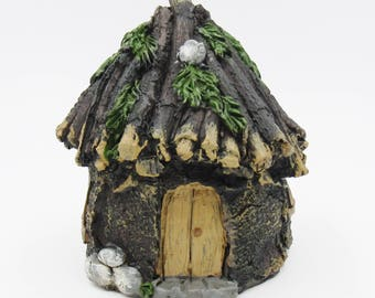 Gnome or Fairy Hut, Resin 4 x 4.25 inches