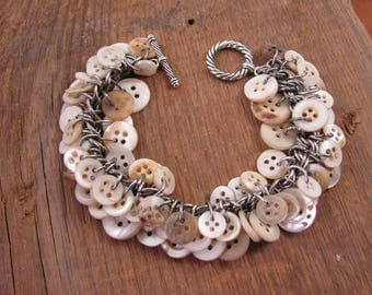 Button Jewelry - Upcycled Button Bracelet - Shabby Chic Button Jewelry - Vintage Mother of Pearl Button Bracelet