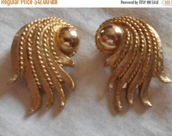 SALE TODAY MARVELLA Gold Tone Clip On Earrings