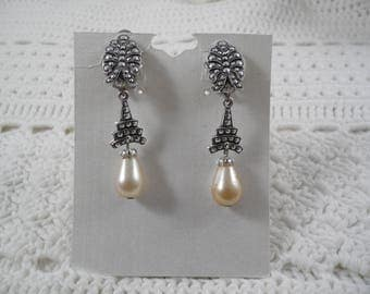 Lovely Vintage Silver Tone Marcasite Faux Pearls Clip On Earrings