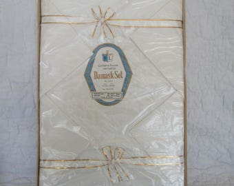 "Damask Tablecloth and Napkin Set New in Box 98"" x 58"""
