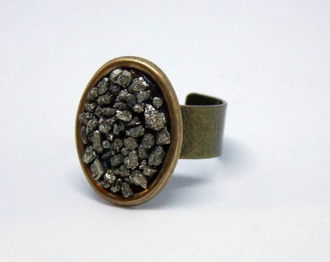 Druzy Ring, Druzy Pyrite Ring, Crystal Cluster Ring, Raw Stone Ring, Pyrite Statement Ring, Adjustable Ring, Brass Ring, Steampunk