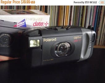 SALE 25% OFF 1990's Polaroid Captiva Date + SLR Instant Film Camera with Original Box and Soft Case